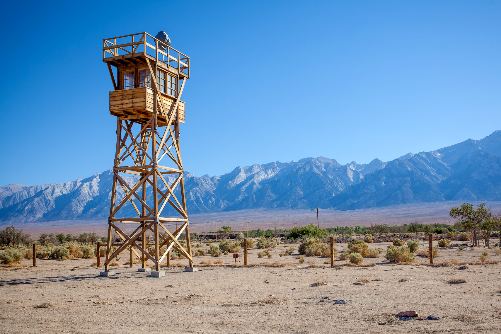(c)-2013_williamshort_manzanar_049_web